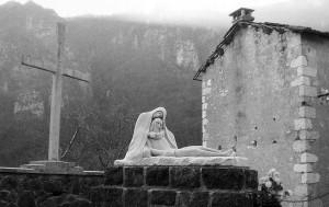 Storia_Borga Recoaro Il monumento sul luogo dell'eccidio