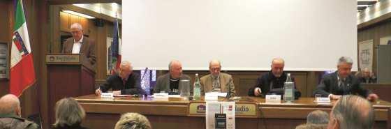 Da sinistra: Giuseppe Pettenuzzo (presidente della sezione ANPI di Bassano del Grappa), Mario Faggion, Giancarlo Zorzanello, Giuseppe Pupillo, Pierantonio Gios, Ugo De Grandis